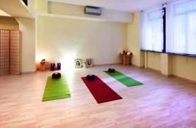 """A Milano apre """"Spazio nel Tempo"""": ricerca ed equilibrio con yoga e terapie brasiliane"""